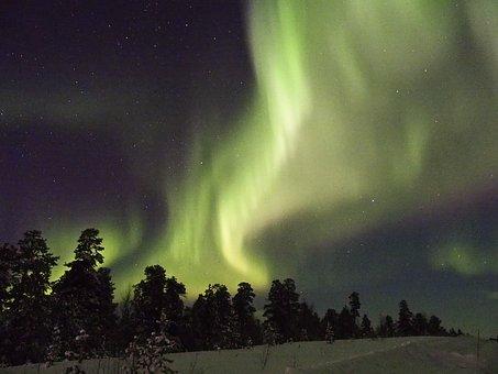 aurora-borealis-2163332__340